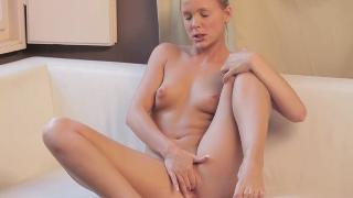 Monique playtime for pussy