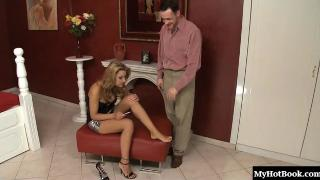 Cindy Hope loves when her boyfriend licks her toes. The couple love playing