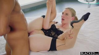 Mona Wales Hot Wife Enjoys Her Young Neighbor's