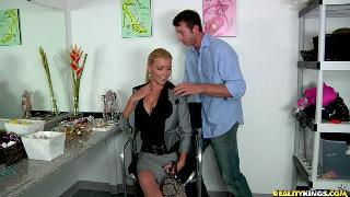 Nikki Blond Hot Sexxxy